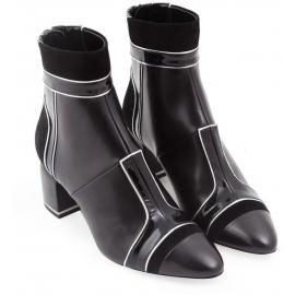 Pierre Hardy Stiefeletten aus schwarzem Lammfell