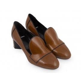 Pierre Hardy Heels Pumps aus khakifarbenem Lackleder