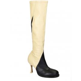 Céline Kniehohe Stiefel in schwarz / aus weißem, weichem Leder