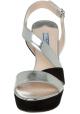 Prada Sandalen aus laminiertem Silber und schwarzem Wildleder
