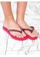 Flip Flops der Uzurii-Frauen im roten Gummi