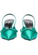 Geschlossene Sandalen öffnen sich hinter Balenciaga in grünem Satin