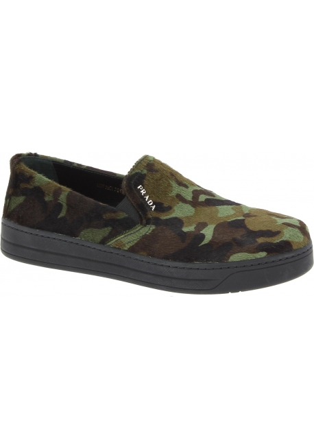 buy popular 655f7 60151 Prada Schuhe anziehen für Frauen aus camouflage Kalbsleder in Pony-Optik